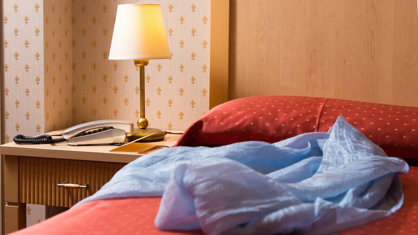 Hotel-Arco-Di-Travertino-single-room-12